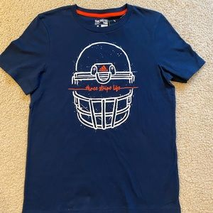 ADIDAS Boys Graphic Tee in Navy